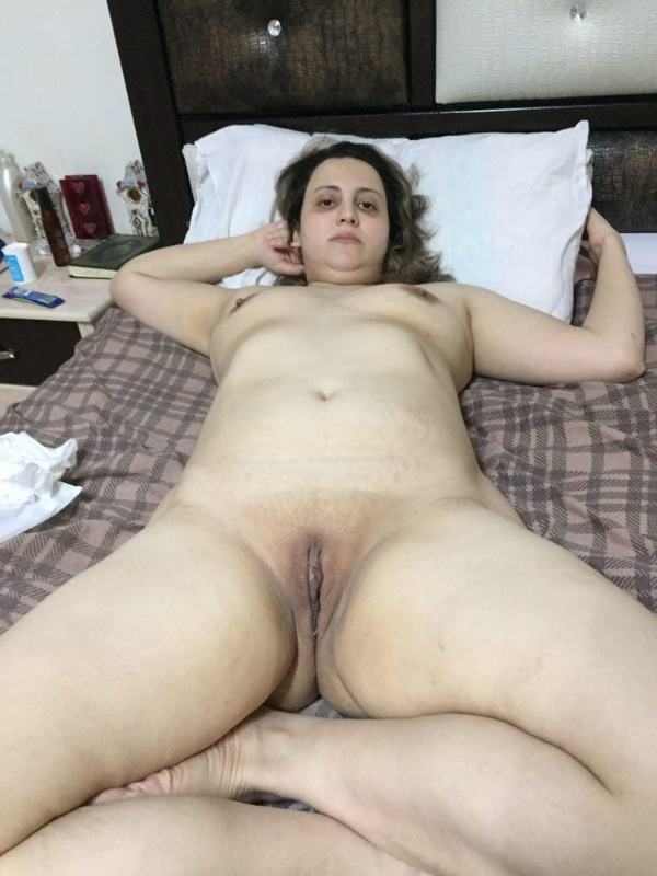 mature muslim aunty nude pictures booty boobs - 34