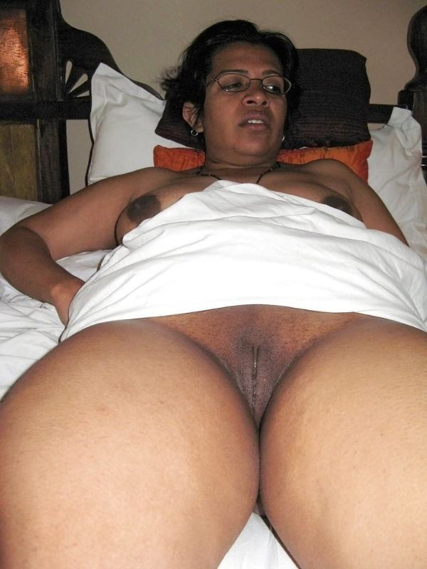 sexually stimulating indian pussy pics chut - 36