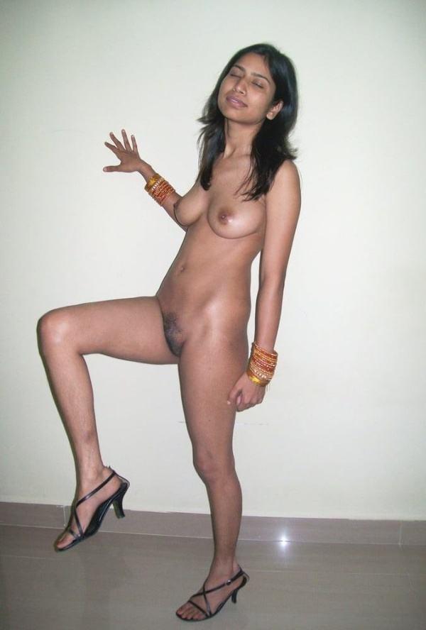 sexy desi nude bhabhi images boobs ass pics - 10