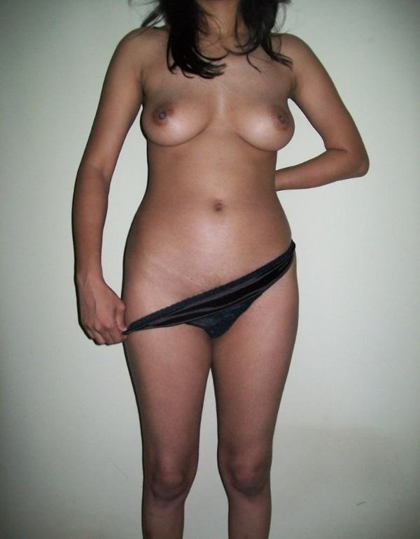 sexy desi nude bhabhi images boobs ass pics - 11