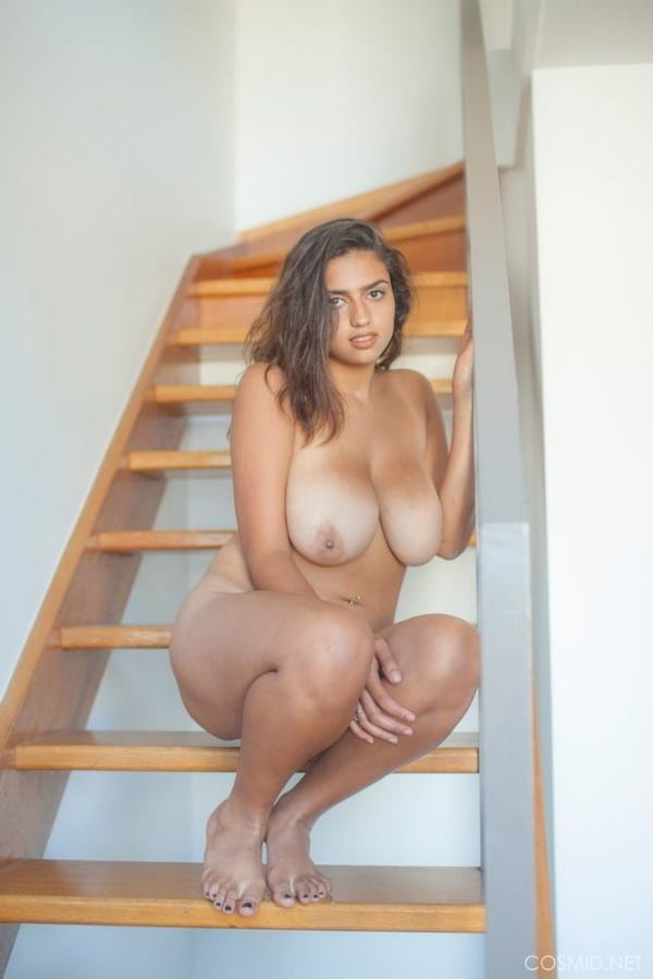 sexy indian girls xxx nudes of boobs pics - 17