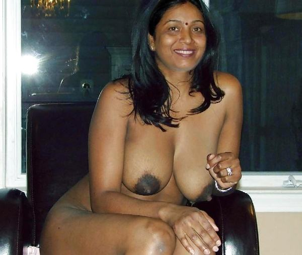 sexy indian village aunty naked photo - 19