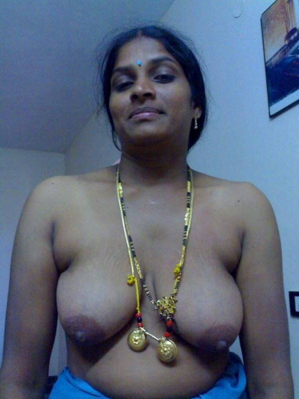 sexy indian village aunty naked photo - 28