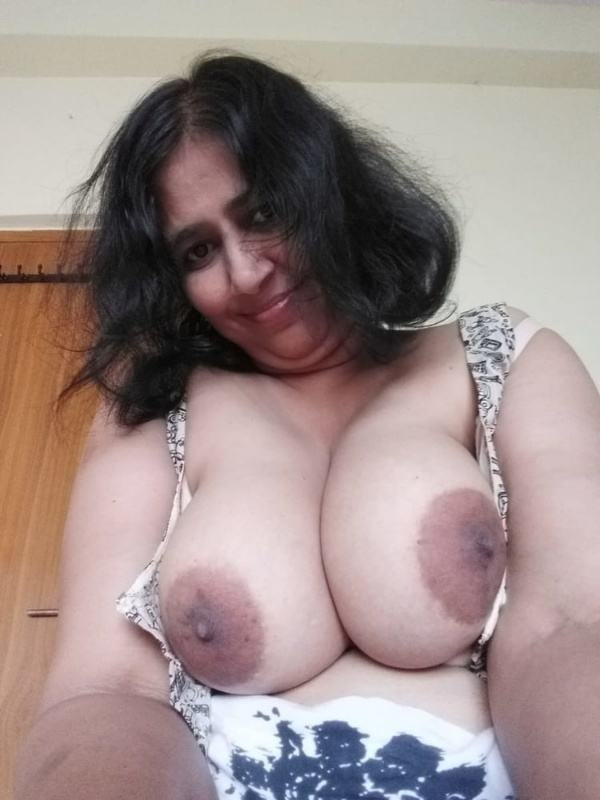 sexy indian village aunty naked photo - 31