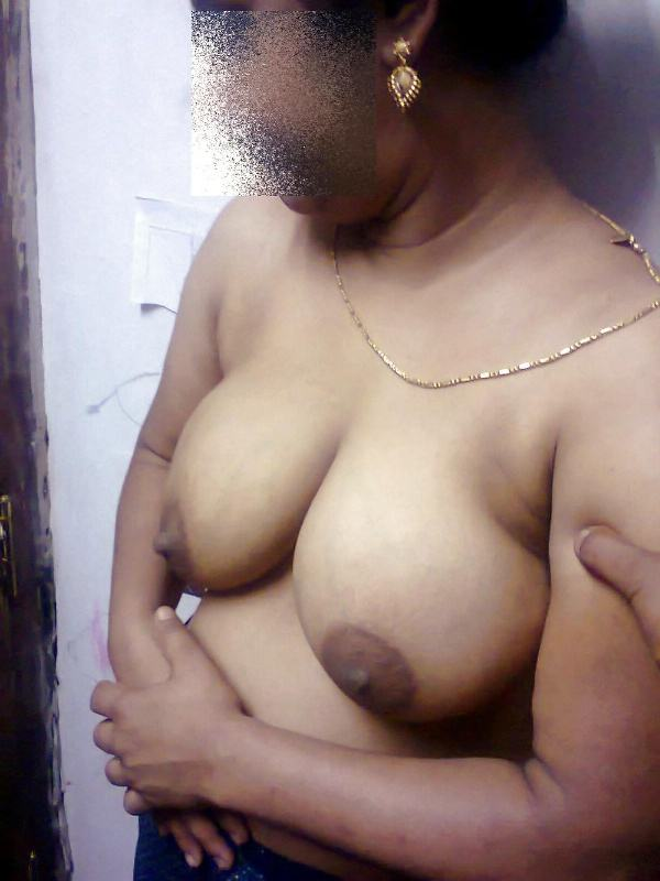 sexy indian village aunty naked photo - 33
