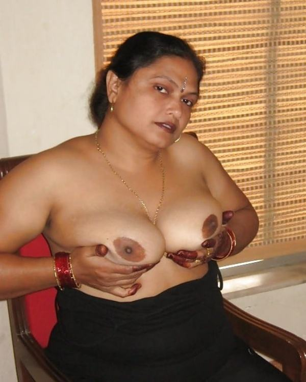 sexy indian village aunty naked photo - 37