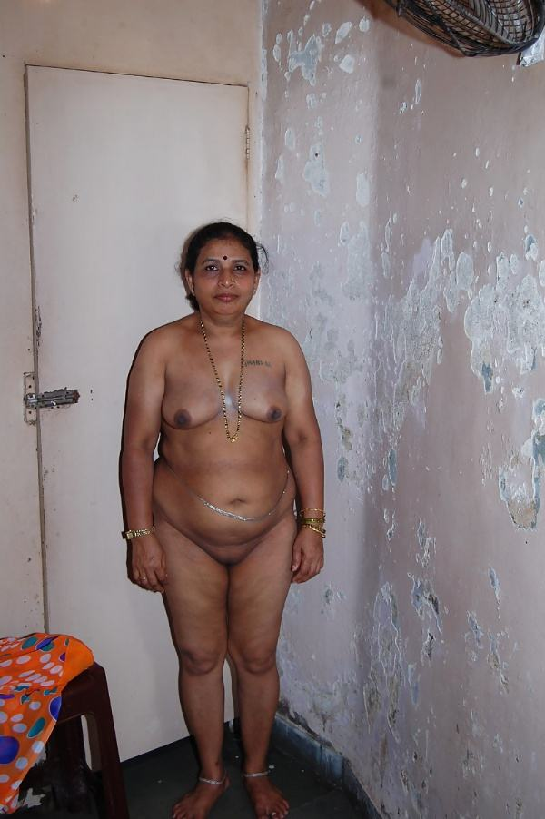 sexy indian village aunty naked photo - 46