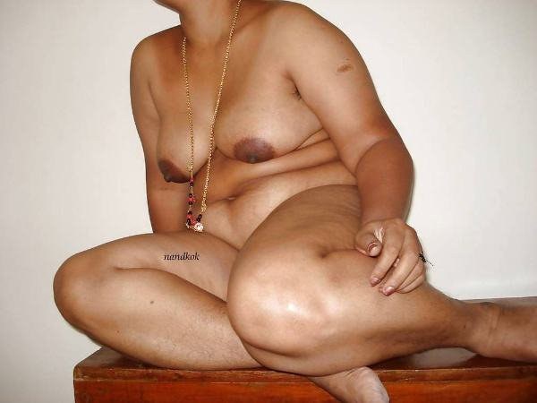 sexy indian village aunty naked photo - 5