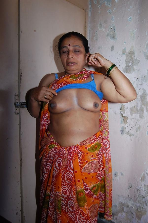 sexy indian village aunty naked photo - 50