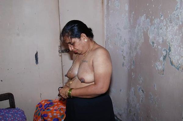 sexy indian village aunty naked photo - 6