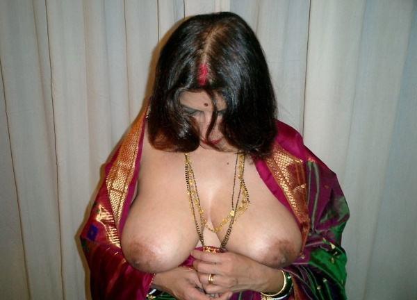 sexy nude big boobs aunties pics desi tits - 10