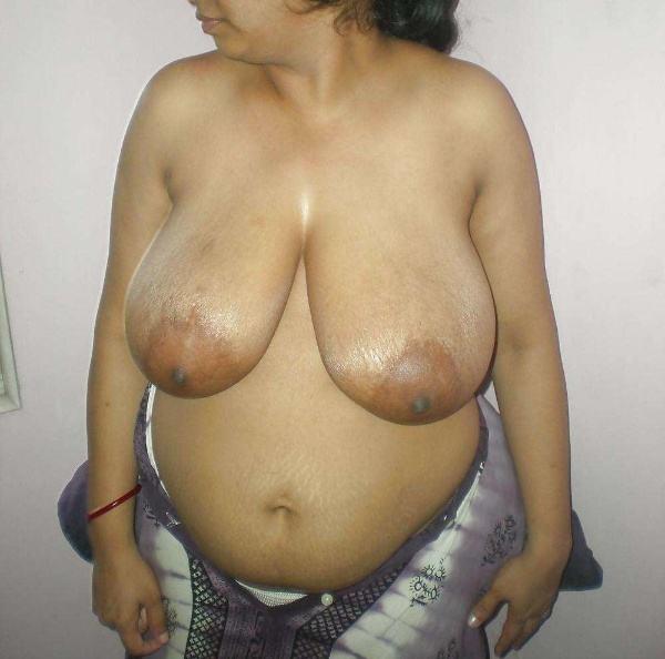 sexy nude big boobs aunties pics desi tits - 15