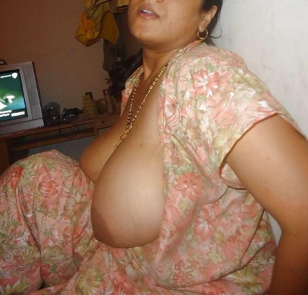 sexy nude big boobs aunties pics desi tits - 29