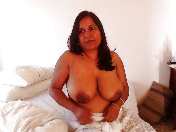 sexy nude big boobs aunties pics desi tits - 5