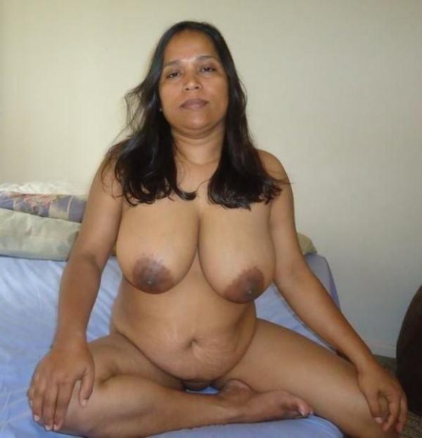 sexy nude big boobs aunties pics desi tits - 6