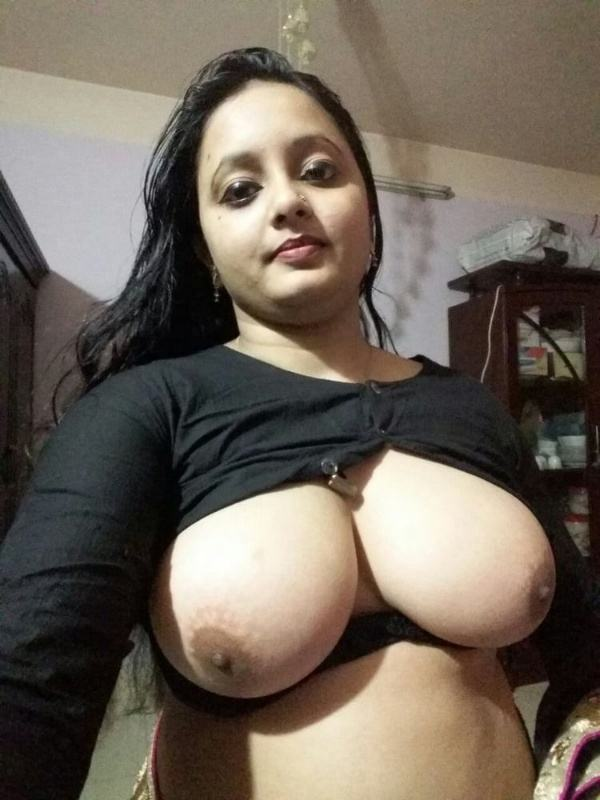shameless indian bhabhi nude image gallery - 33