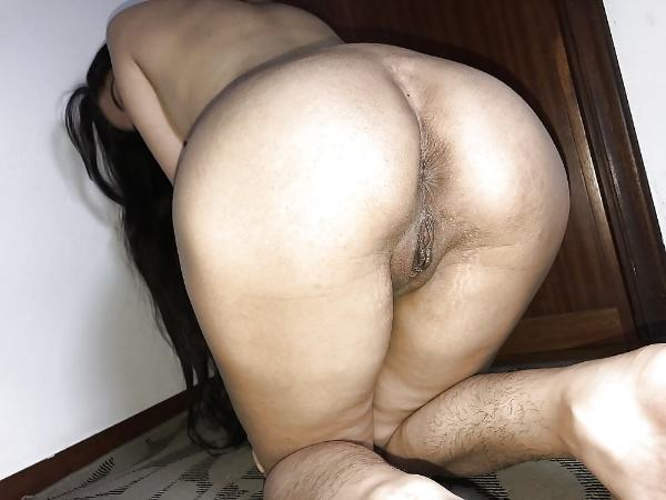 big ass desi bhabhi porn pics indian gand xxx - 12