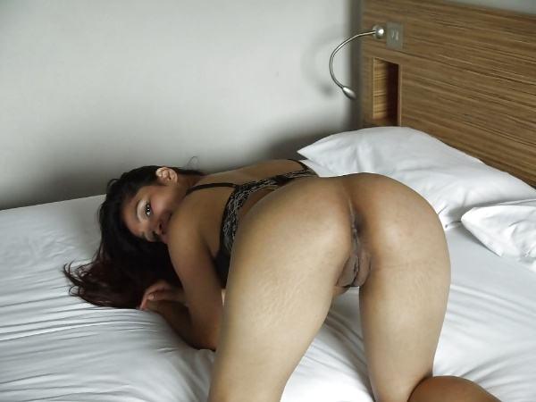 big ass desi bhabhi porn pics indian gand xxx - 7