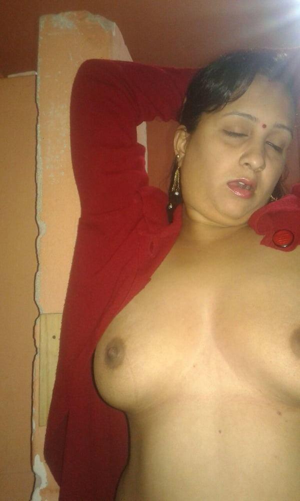 desi bhabhi big boobs porn photo hot tits - 15
