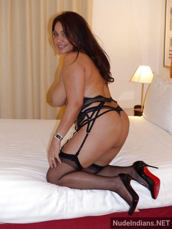 desi milf aunty naked images babita sharma xxx - 15