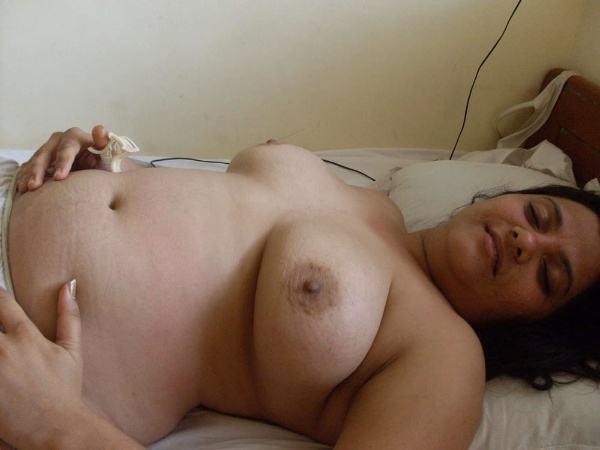 desi milf naked aunty photos aunty tits porn - 4