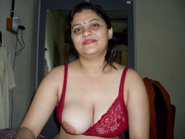 desi milf naked aunty photos aunty tits porn - 9