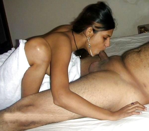 desi women sucking cock porn blowjob pics - 16