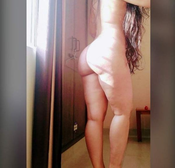 indian bhabhi nude image sexy ass gand xxx - 11