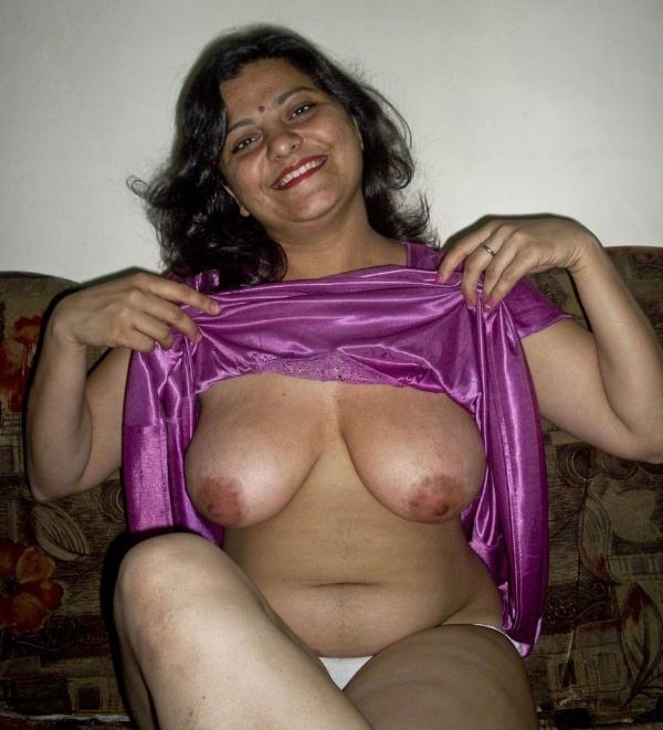 mature aunty boobs pics sexy desi juggs xxx - 31