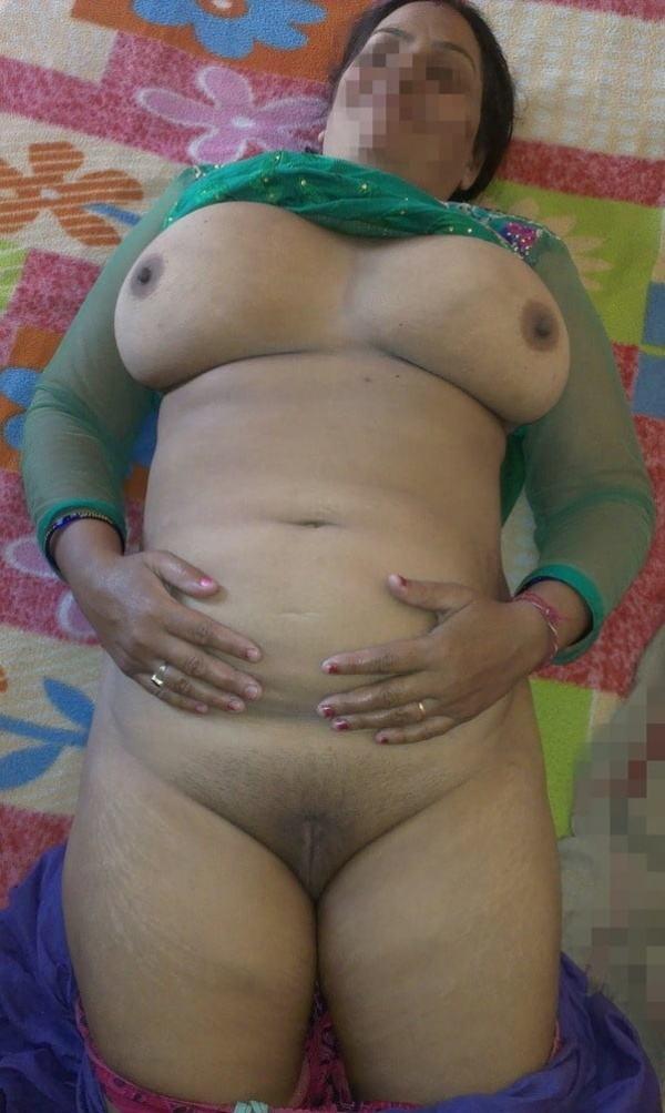 mature aunty boobs pics sexy desi juggs xxx - 42