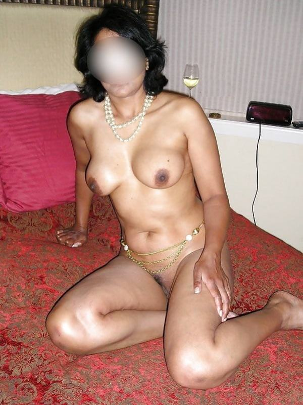 mature aunty boobs pics sexy desi juggs xxx - 44