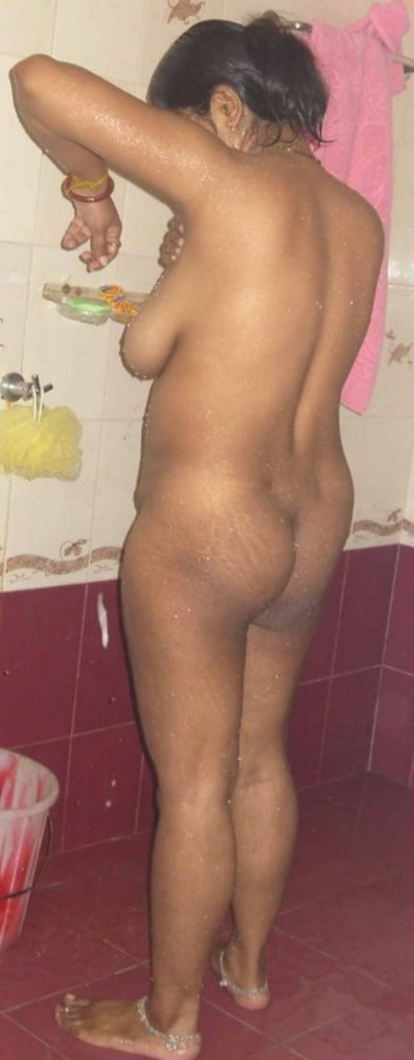 mature big boobs hot tamil aunty image - 32