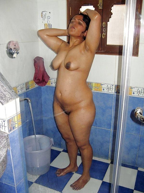 mature big boobs hot tamil aunty image - 43