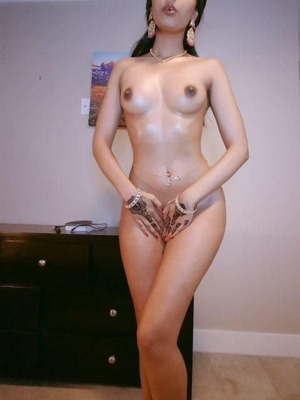 scandalous indian girlfriend nude pics leaked - 11