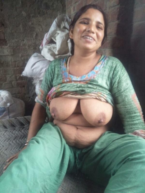 village aunty nude photos big boobs ass - 31