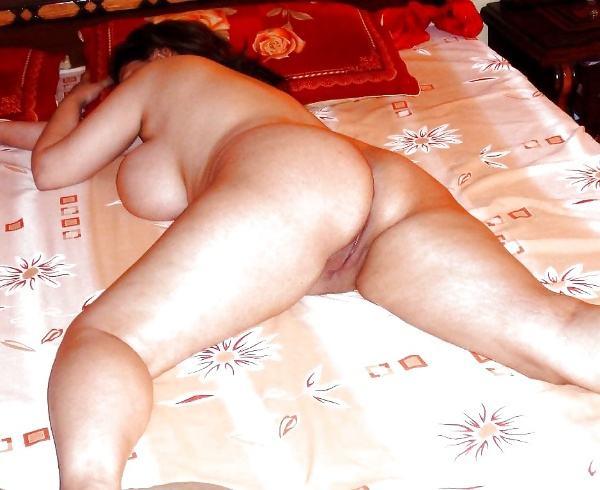 badi gaand wali aunty nangi photos desi milf - 7