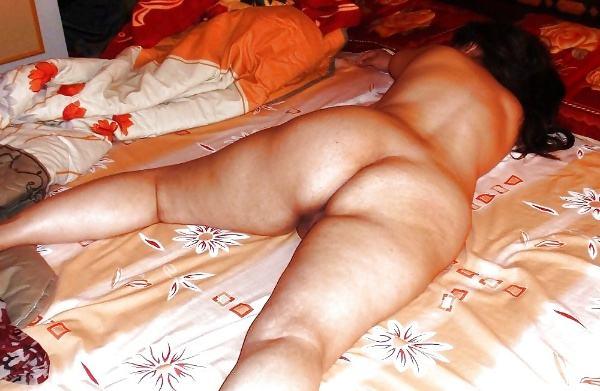 badi gaand wali aunty nangi photos desi milf - 9