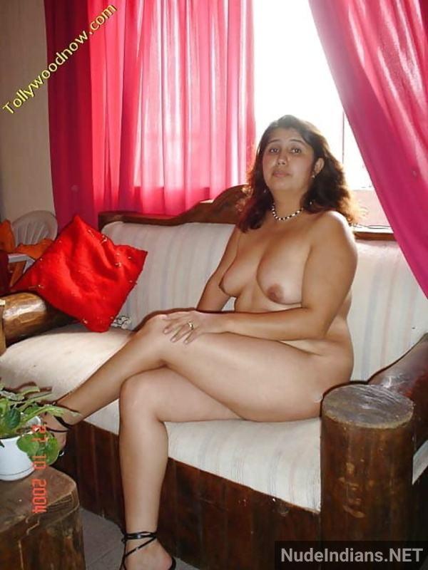 desi aunty xxx pics badi gaand big boobs images - 25