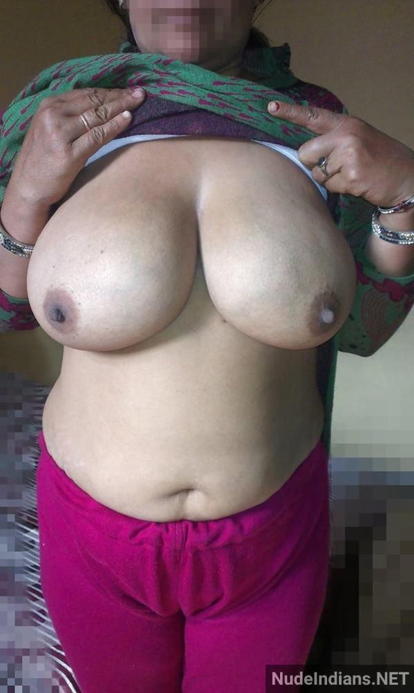desi aunty xxx pics badi gaand big boobs images - 26