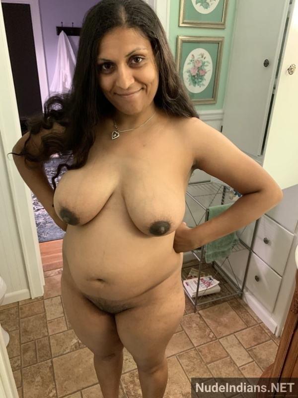 desi aunty xxx pics badi gaand big boobs images - 31