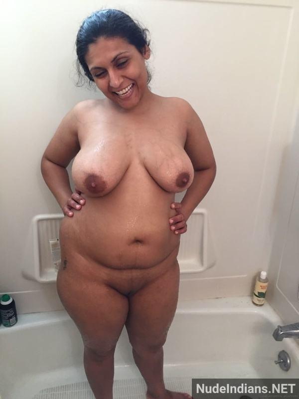 desi aunty xxx pics badi gaand big boobs images - 5