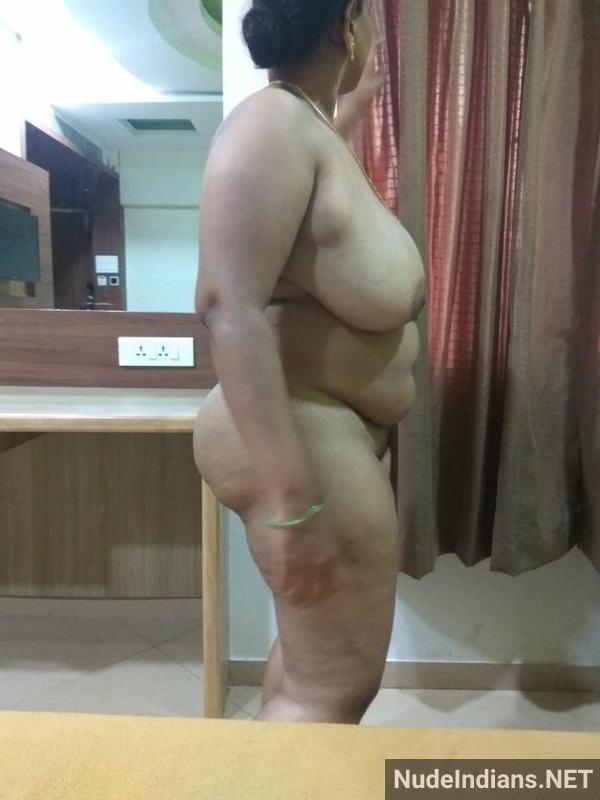 desi aunty xxx pics badi gaand big boobs images - 9