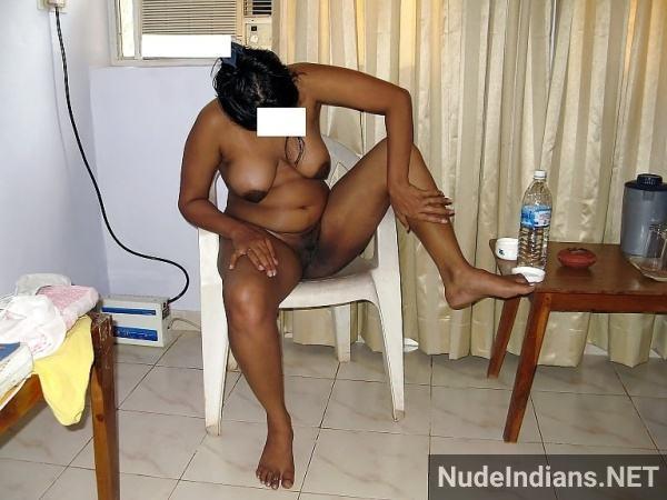 desi rasili aunty ki nangi photo busty mature women - 16