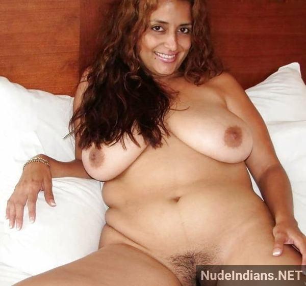indian milf aunty boobs pic desi big tits pics - 10