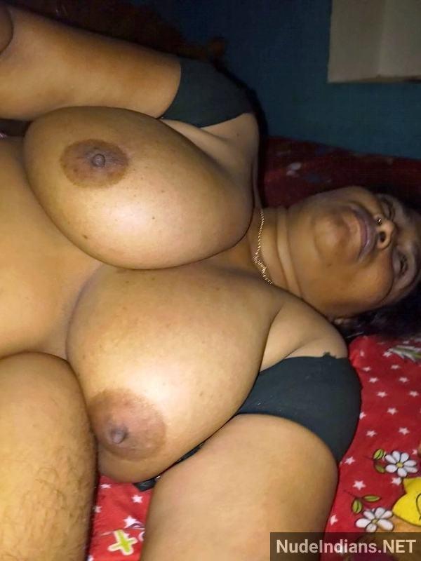 indian milf aunty boobs pic desi big tits pics - 18