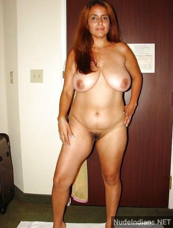 indian milf aunty boobs pic desi big tits pics - 22