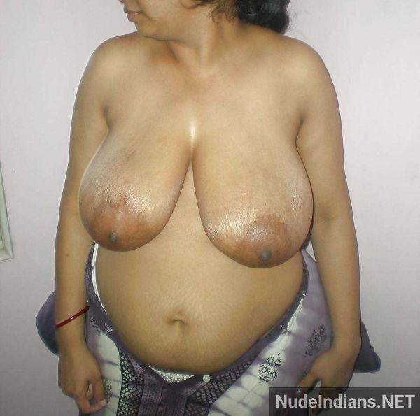 indian milf aunty boobs pic desi big tits pics - 8