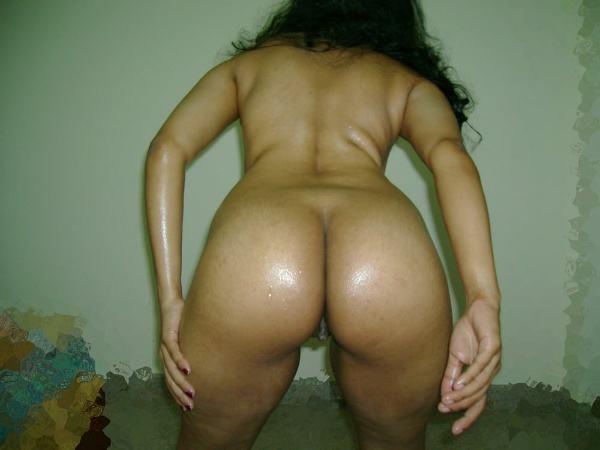 leaked sexy desi nude bhabhi pics by husband - 3