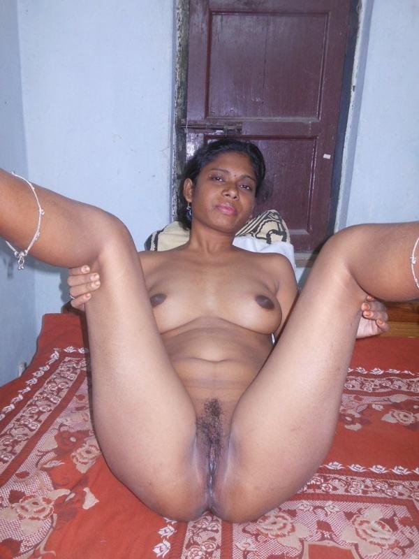 leaked sexy desi nude bhabhi pics by husband - 38