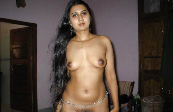 leaked sexy desi nude bhabhi pics by husband - 4
